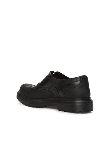 Divarese Divarese 5024822 Delik Dokulu Zımba Desenli Eva Tabanlı Deri Erkek Ayakkabı Siyah